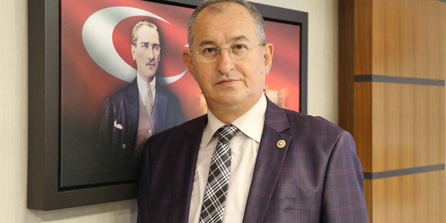 GAZETECİ VEKİLDEN HÜKÜMETE 'GAZETECİLERİN SORUNLARINA BAKIN'HATIRLATMASI
