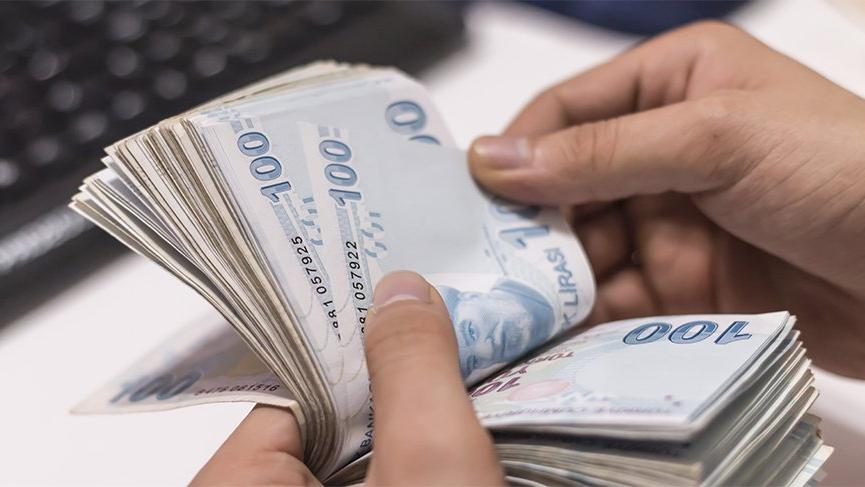 """""""Gümrük Müdürü'nden danışmana 140 bin lira"""""""