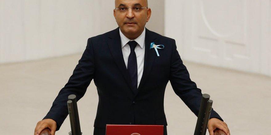 CUMHURBAŞKANI YARDIMCISI FUAT OKTAY'A CHP'Lİ POLAT'TAN TEK SORU
