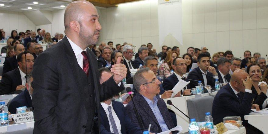 İZMİR'DE YEREL BASINA DESTEK' TARTIŞMASI'