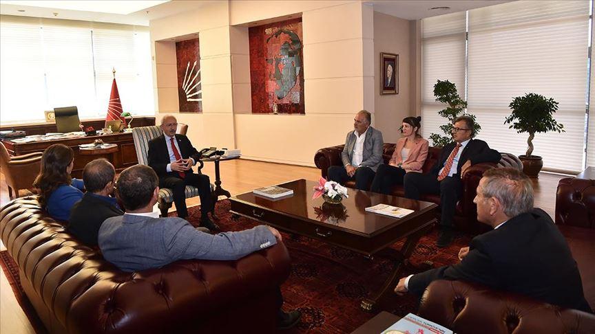 Kılıçdaroğlu sendika ve oda başkanlarını kabul etti