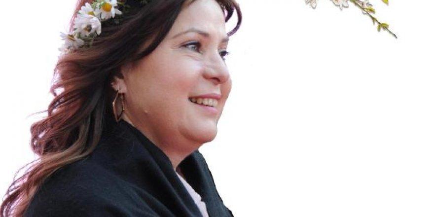 CHP'DEN KARŞI HAMLE...BAYAN ÇALKAYA BALÇOVA'DAN ADAY GÖSTERİLDİ