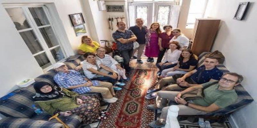 İZMİR'DE 'TARİHE SAYGI'YA' 23 ÖDÜL