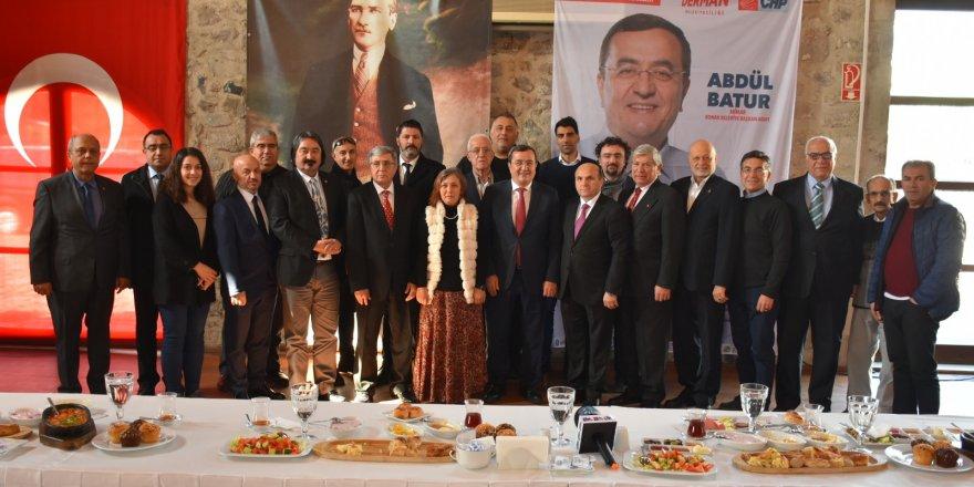 CHP KONAK ADAYI BATUR: KONAK'A HAKİMİZ