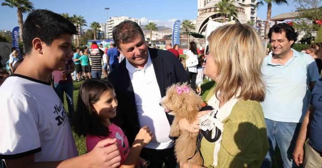 İzmir Karşıyaka'da 3 bin hayvansever Pati Fest'te buluştu!