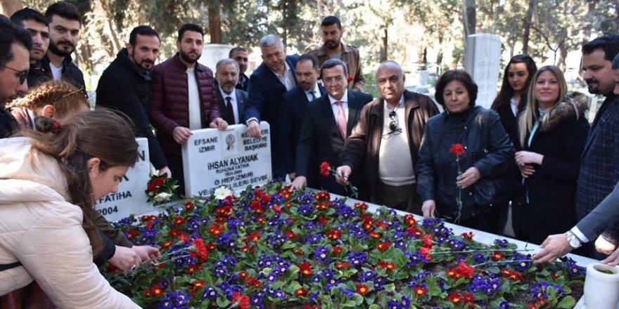 CHP'Lİ BATUR EFSANE BAŞKAN ALYANAK'I ZİYARET ETTİ