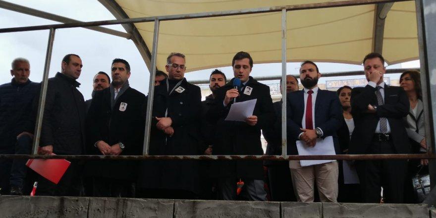 """CHP İZMİR İL BAŞKANI YÜCEL: """"KUBİLAY GERİCİLİK VE YOBAZLIKLA SAVAŞIN SİMGESİDİR"""""""