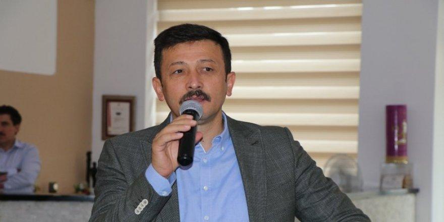 AK PARTİLİ DAĞ'DAN CHP'YE URLA VE FETÖ ELEŞTRİSİ