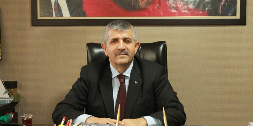 MHP İZMİR İL BAŞKANI ŞAHİN: 'BELEDİYELER İZMİR'DE ÖNCE ÇÖPLERİ TEMİZLEMELİ'