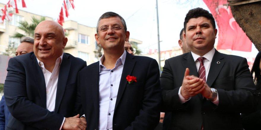 CHP'NİN ÜÇ GRUP BAŞKANVEKİLİ'NDEN BUCA ÇIKARMASI