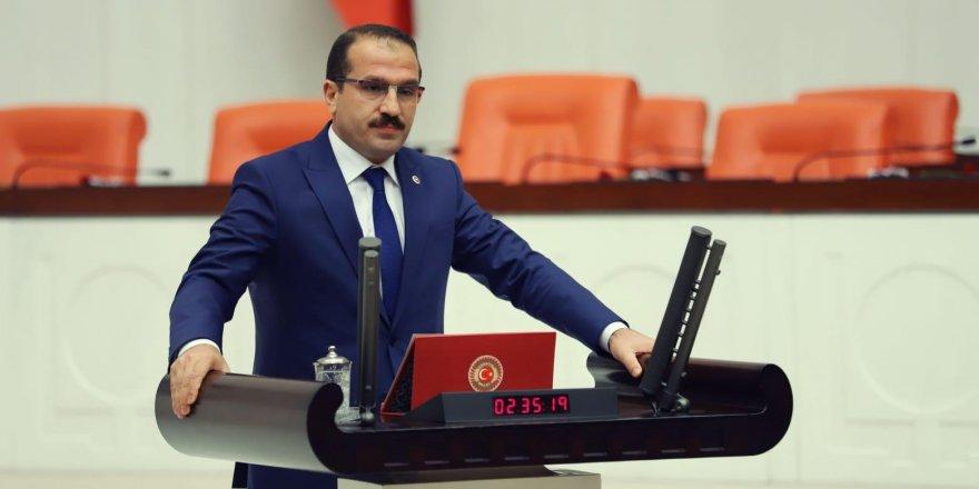 AK PARTİ İZMİR MİLLETVEKİLİ KIRKPINAR' SOYER İCRAATLARI İLE SINIFTA KALDI'