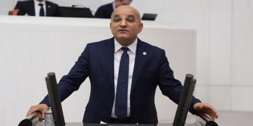 CHP'Lİ POLAT'TAN SİYASETTE YOZLAŞMA UYARISI