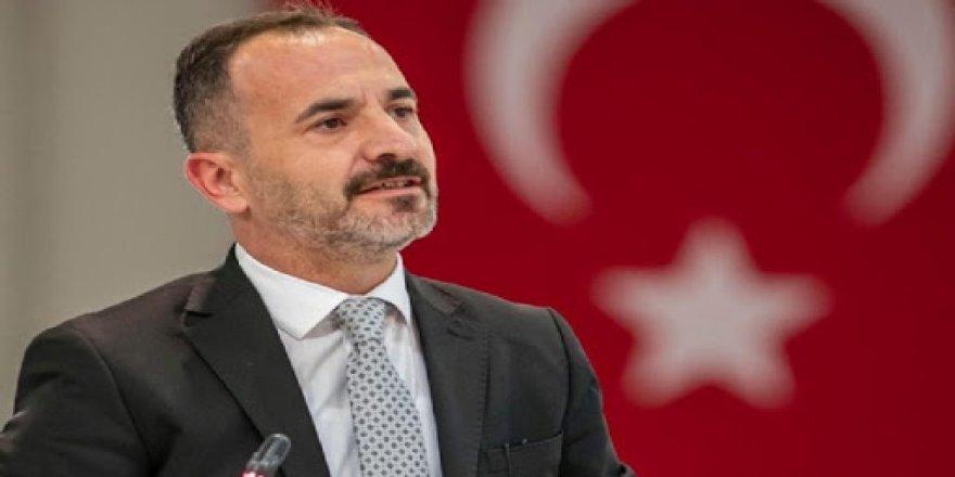 AK PARTİLİ HIZAL'DAN TUNÇ SOYER'E 'ÇEKİCİ' TEPKİSİ