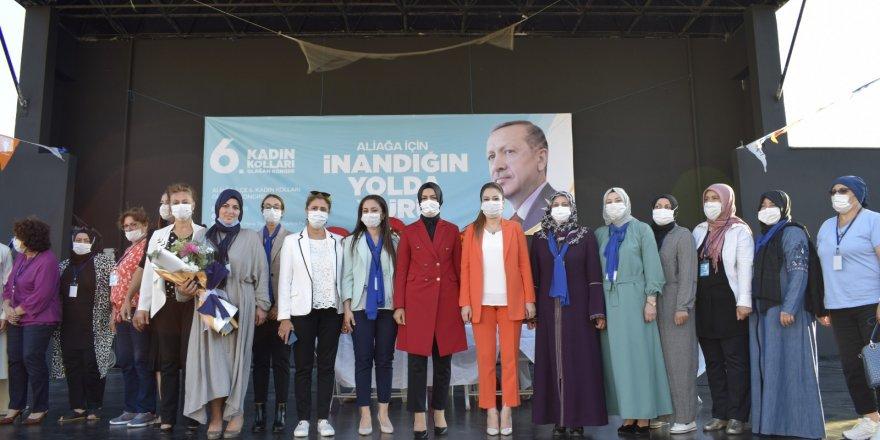 AK PARTİ İZMİR'DE İLÇE KADIN KOLLARI KONGRELERİ BAŞLADI...