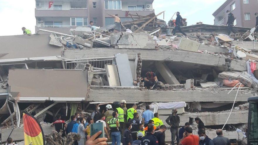 İzmir'de 6,6 büyüklüğünde deprem: 20 kişi hayatını kaybetti
