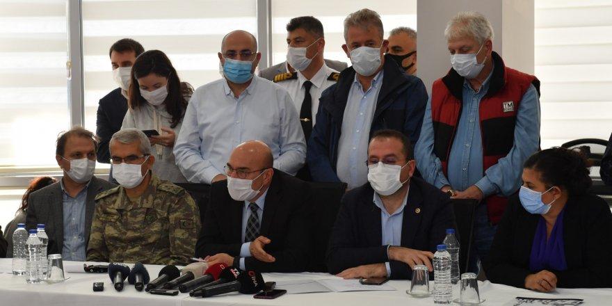İZMİR'DE DEPREM TOPLANTISI..BAKANLARDA KATILDI