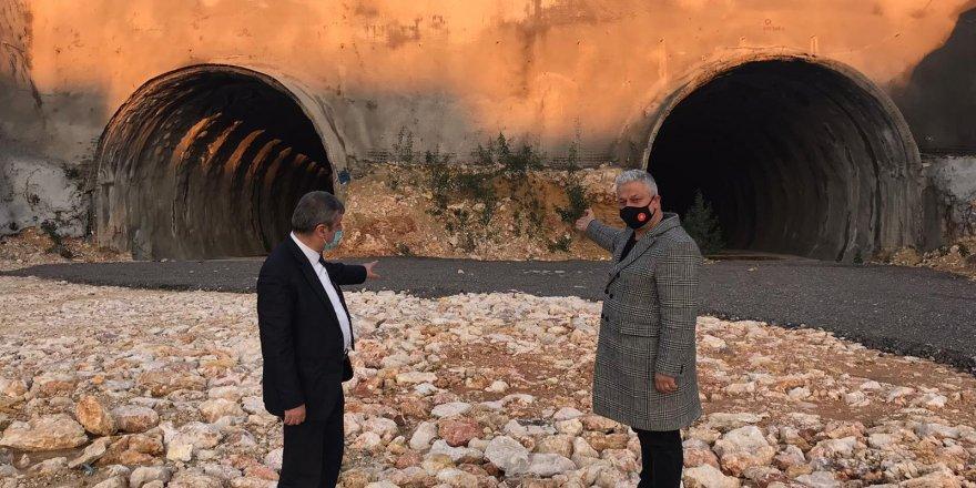 MHP İZMİR: 'TUNÇ SOYER ŞOVDA VAR İŞTE YOK'