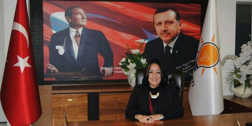 'SİZ HAYSİYETSİZ BİR KADINSINIZ, HATTA KADIN BİLE DEĞİLSİNİZ'...FOÇA BELEDİYESİ'NDE OLAY