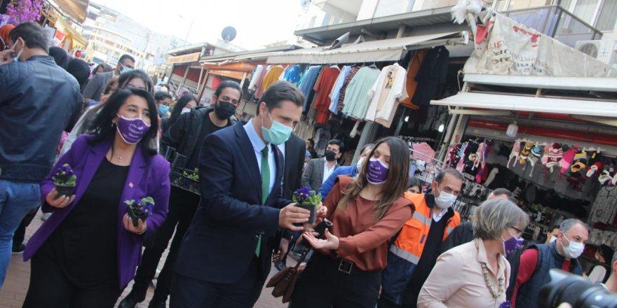 CHP İZMİR İL BAŞKANI YÜCEL:'SÖZ VERİYORUZ 8 MART'LAR GERÇEK BAYRAM OLACAK'