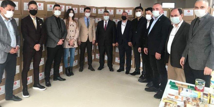 MHP İZMİR'DEN 50 BİN HANEYE DESTEK