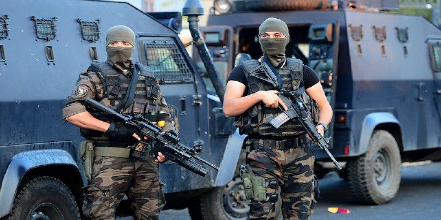 KONAK, KARŞIYAKA,BUCA VE BORNOVA'DA PKK OPERASYONU..İHBAR ANKARA'DAN GELDİ..
