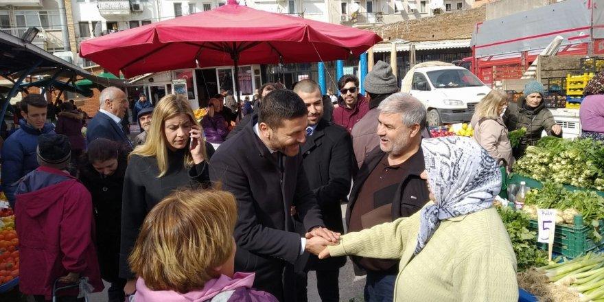 CHP'Lİ GÜRBÜZ FOÇALI PAZARCI ESNAFINDAN DESTEK İSTEDİ